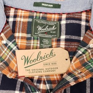 Woolrich Shirts - Woolrich Mens Size XL Plaid Flannel Button Up